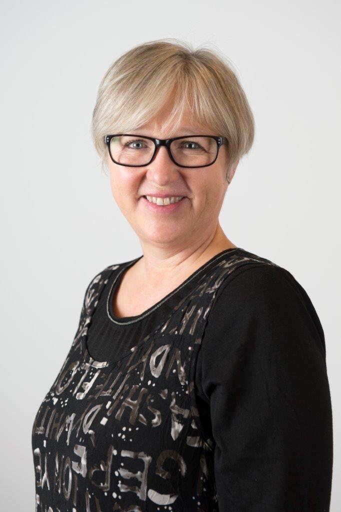INGEN SYMPATI: Leder i Norsk Lektorlag, Rita Helgesen, mener russen må ta ansvar og at de som møter opp i beruset tilstand gjør det motsatte.