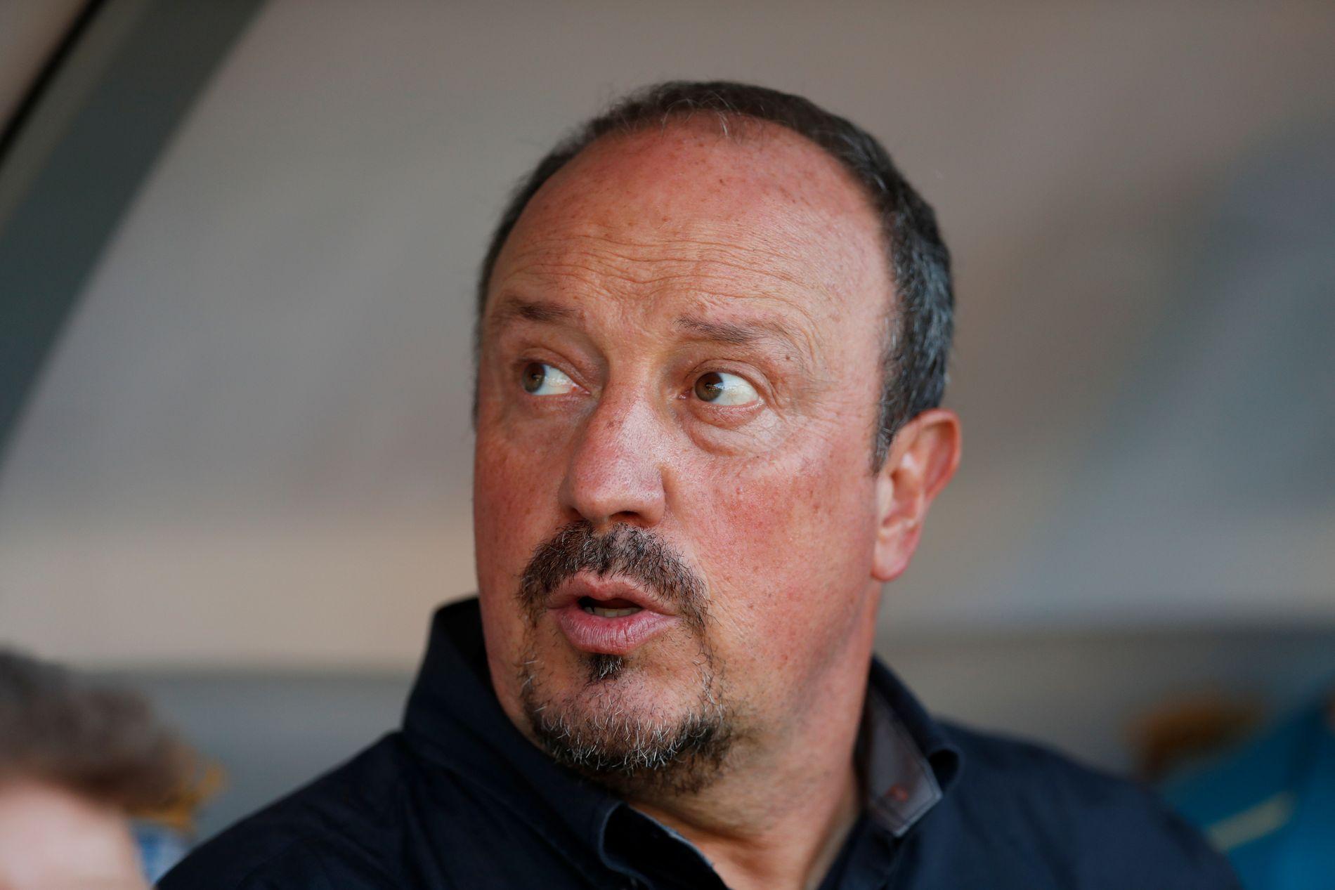 BEKYMRET: Newcastle-manager Rafa Benítez ønsker seg flere forsterkninger.
