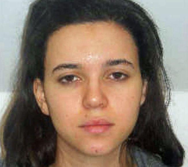 TERRORMISTENKT: Her er et bilde av den terrormistenkte kvinnen, Hayat Boumeddiene fra 2010.