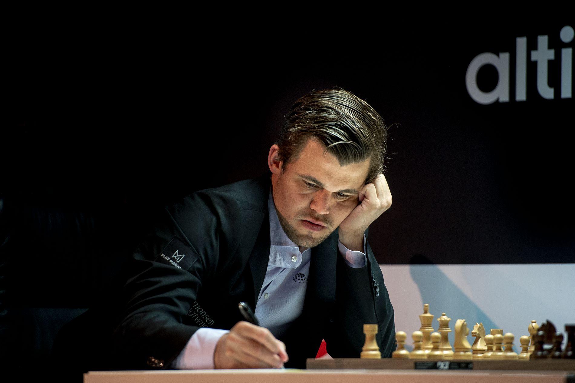 TAPTE: Magnus Carlsen, her fra partiet mot Fabiano Caruana tidligere i Norway Chess-turneringen i Stavanger.