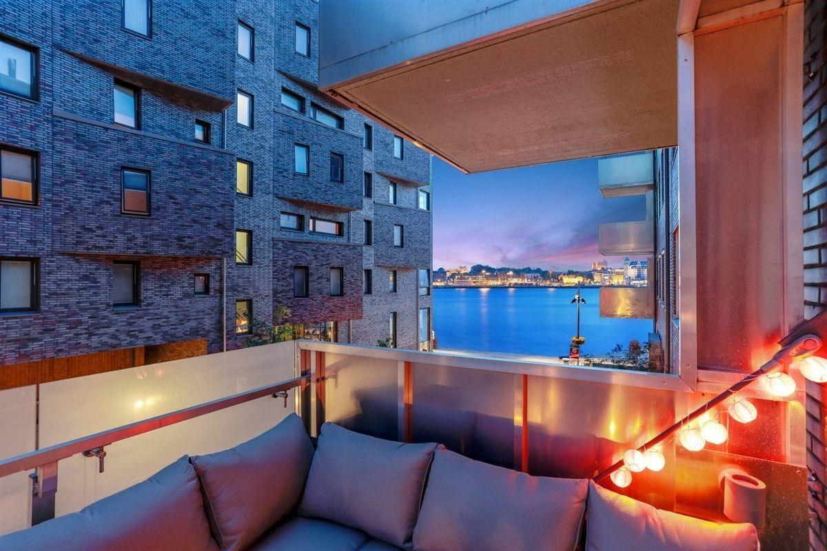 SOLGT FØR VISNING: Denne leiligheten på 86 kvadratmeter primærrom på Sørenga kjøpte Inge Grini, som flytter inn til Oslo fra Asker, for 7,4 millioner.