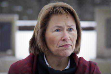 «SPESIELT KOMPLEKSE MÅL»: Forsvarsminister Grete Faremo (Ap) opplyser at Norge bomber «spesielt komplekse mål» i Libya. Foto: Tore Kristiansen, VG