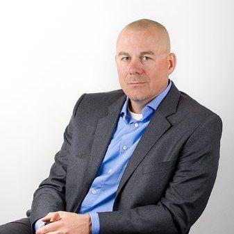 LEIER ALT: Bjørge Kraft er administrerende direktør i Safe4 Security Group, og leier alt IT-utstyret som trengs på administrasjonssiden av selskapet.