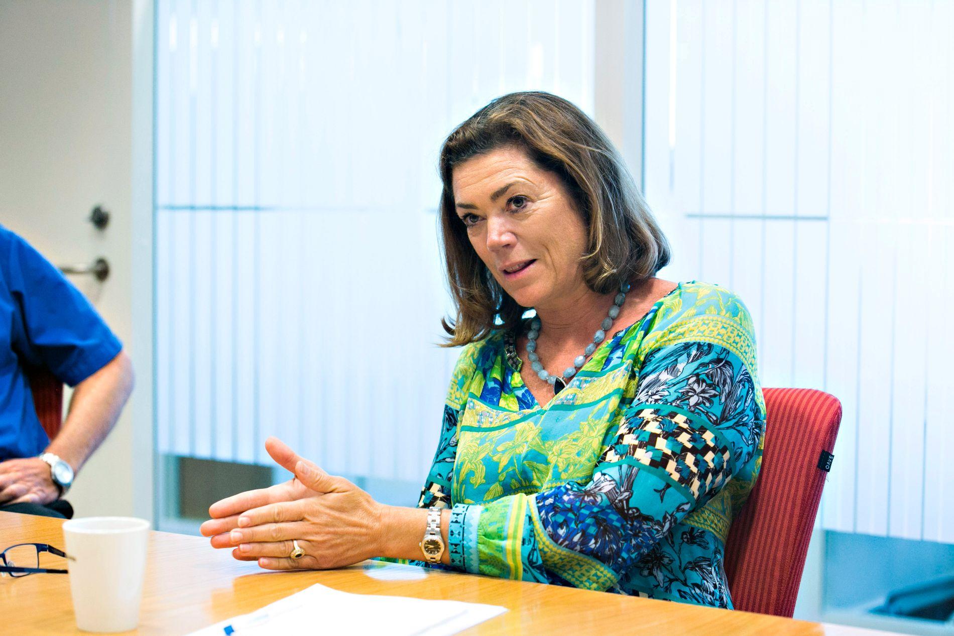 ERKJENNELSE: NHO-sjef Kristin Skogen Lund erkjenner i dette intervjuet at Norge må bli mindre avhengige av olje og gass.