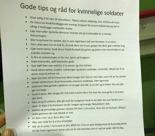 TIPS TIL KVINNELIGE SOLDATER: Dette skriver fikk Thea Engvik (19) tildelt da hun skulle registrere seg i førstegangstjeneste på Sessvollsmoen. Det har blitt utdelt av avdelingstillitsvalgt i Brigade nord.