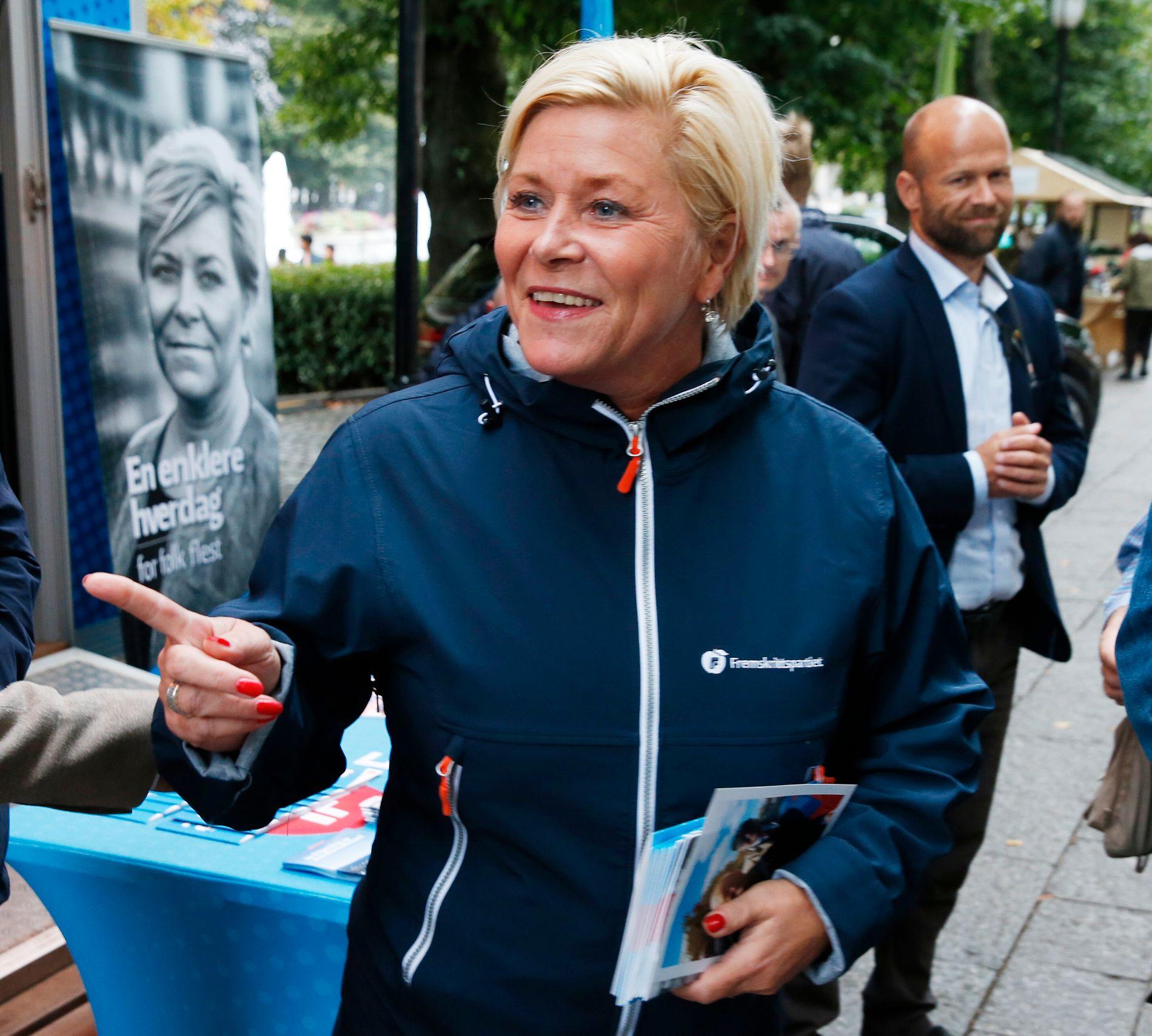 ØNSKER NYE TILTAK: Finansminister, Siv Jensen (Frp), mener at strengere krav må til for at foreldre skal sørge for at barna deres lærer seg norsk.