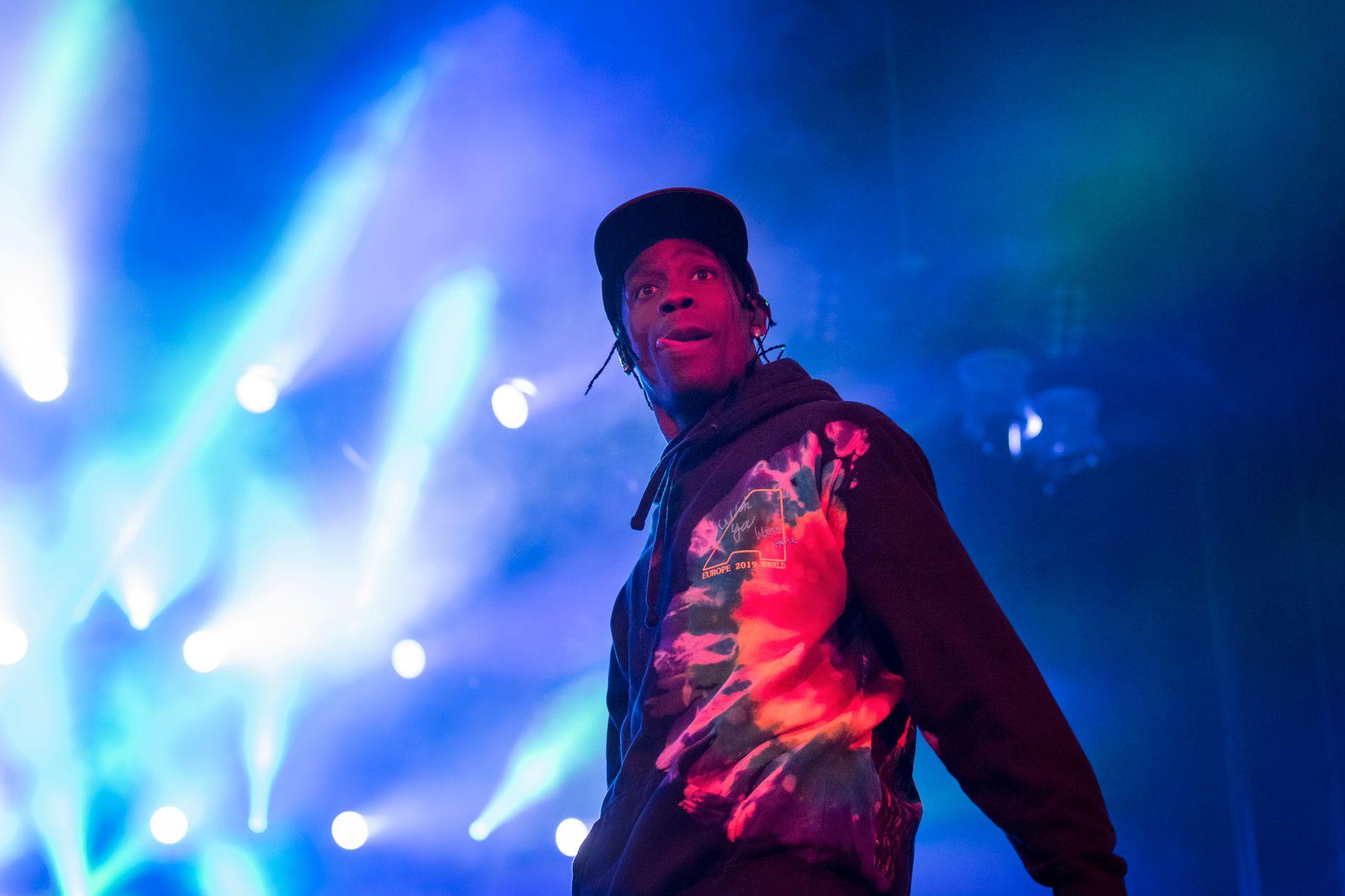 I SVERIGE: Her er Travis Scott under sin konsert på Lollapalooza i Stockholm i slutten av juni.