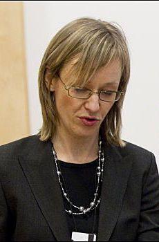 BEKREFTER: Politiadvokat Kari Kirkhorn ved Oslo politidistrikt bekrefter at sykehuset har meldt inn to dødsfall. Foto: NTB scanpix