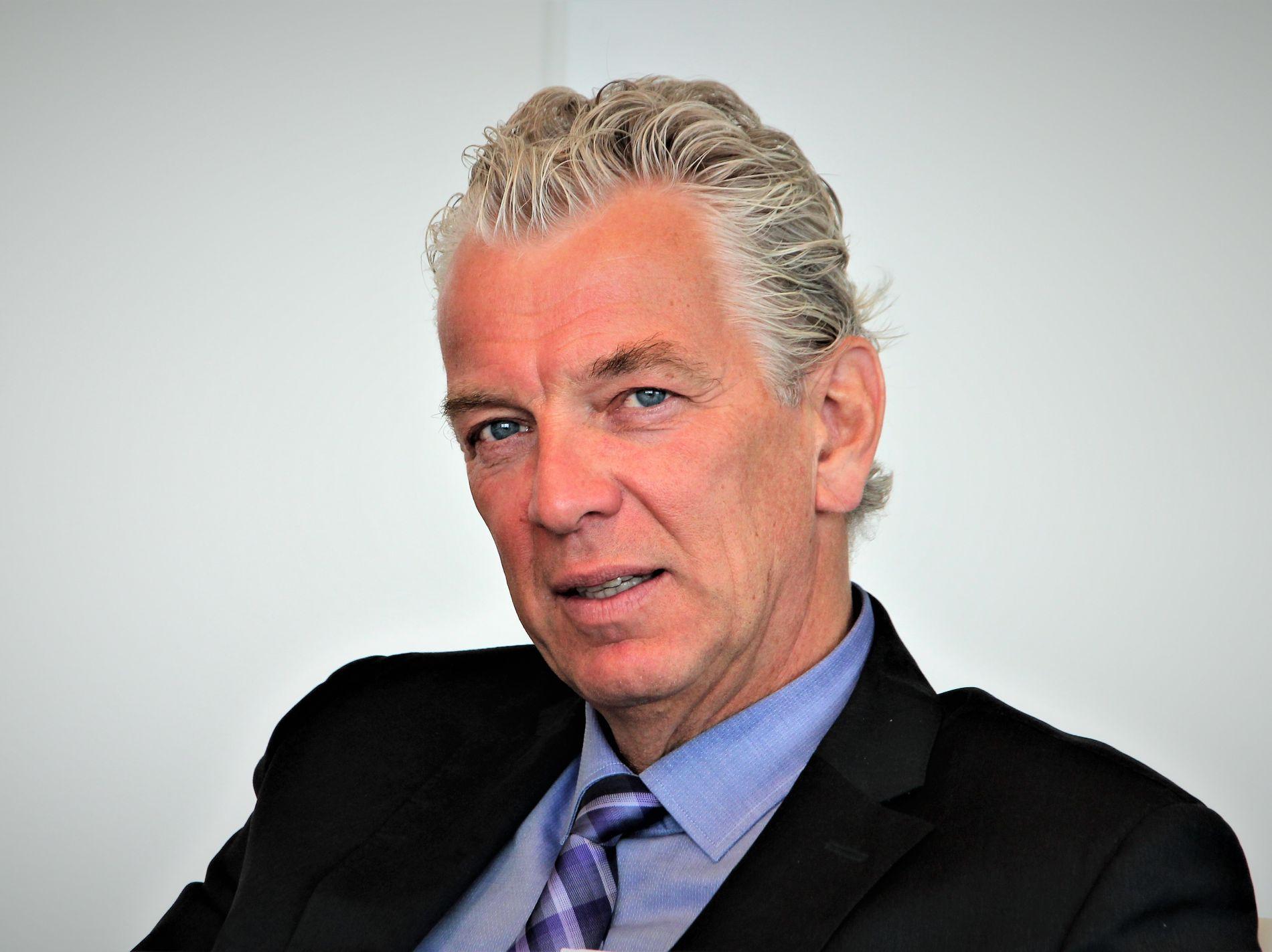 DRIVER KRAFTNETTET: Statnett-sjef Auke Lont.