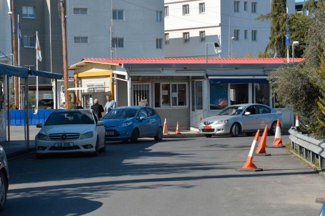 TATT HER: Espen Lee og to andre norske menn ble arrestert ved denne grenseposten på Kypros.