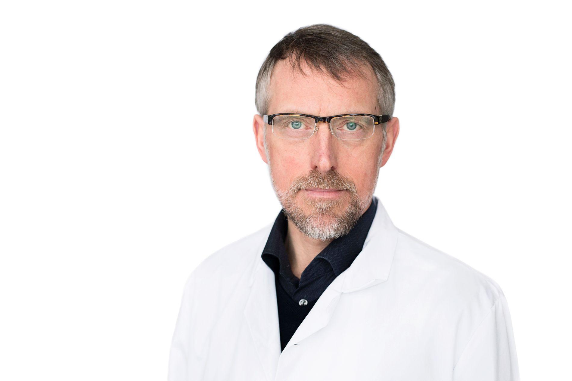 KLINIKKDIREKTØR: John Helge Heimdal ved Kirurgisk klinikk på Haukeland bekrefter til VG at det ble utført et mer omfattende inngrep på en pasient enn planlagt i november.