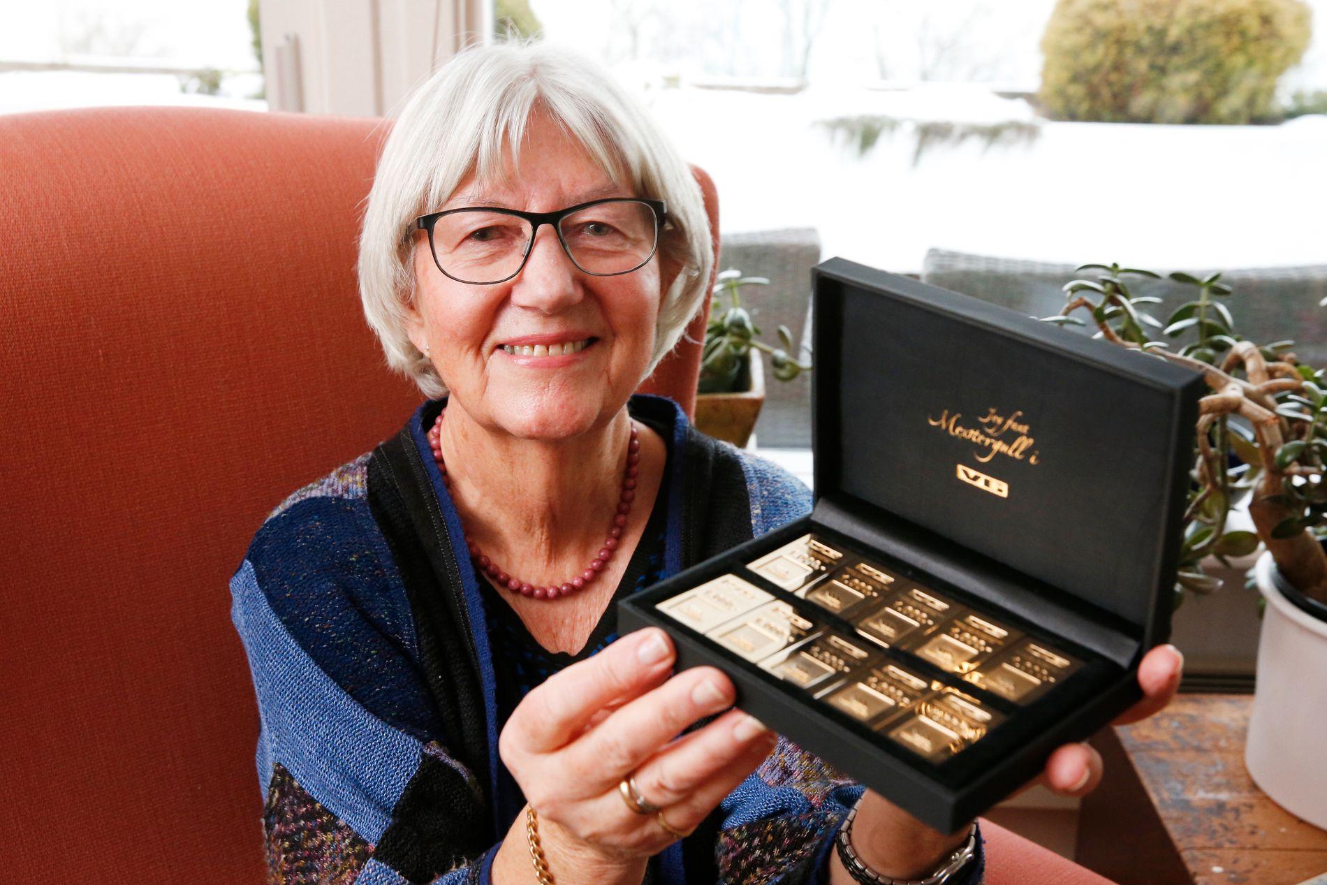 FORNØYD: Grethe Tesland vant gullbarrer til 10.000 kroner i «Finn gull i VG».
