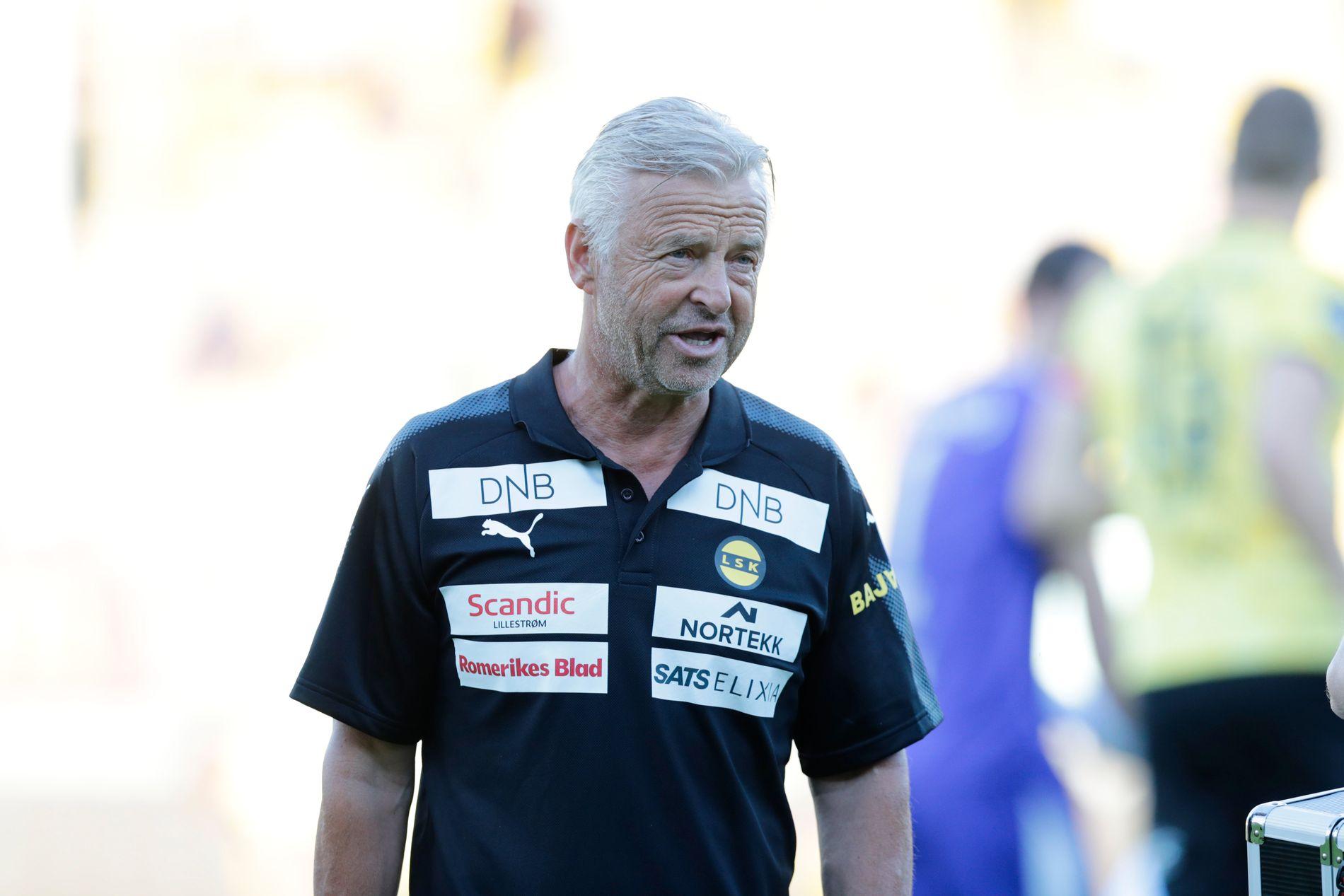 MISTET SPILLERGRUPPEN? LSKs lokalavis hevder Arne Erlandsen har mistet all tillit hos spillergruppen og i støtteapparatet. Her er han fotografert før søndagens bortekamp mot Haugesund.