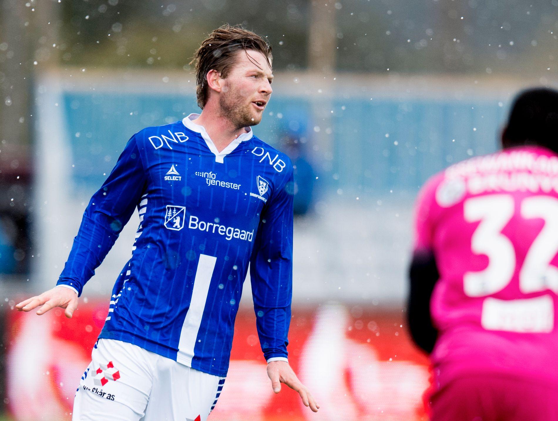 FULLTREFF: Pål Alexander Kirkevold har sjelden truffet bedre enn da han dundret inn ledermålet etter bare halvminuttet. Ballen kom fra Moldes Isak Ssali Ssekwankambo. Molde-backen forsvant ut i pausen.