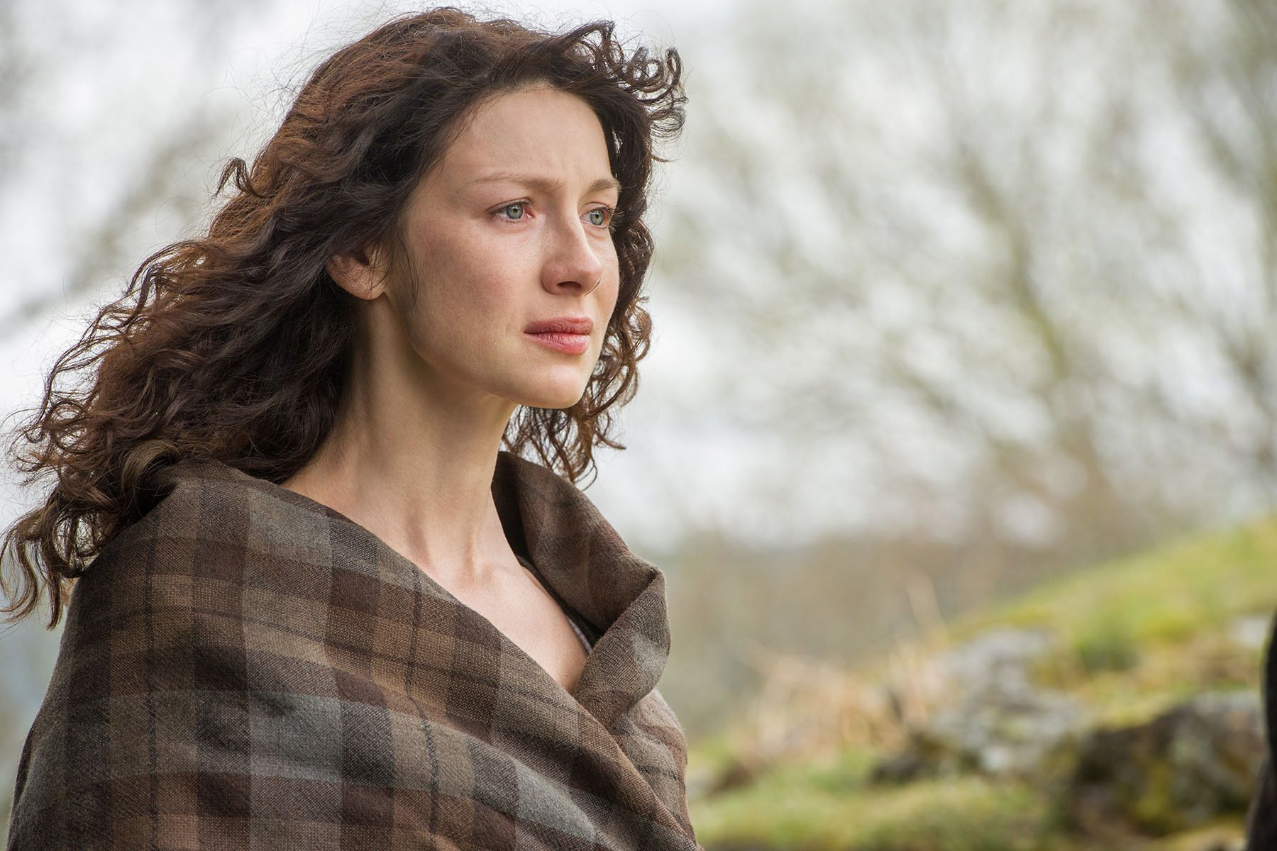 FASCINERENDE: Caitriona Balfe som Claire i første sesong av «Outlander».