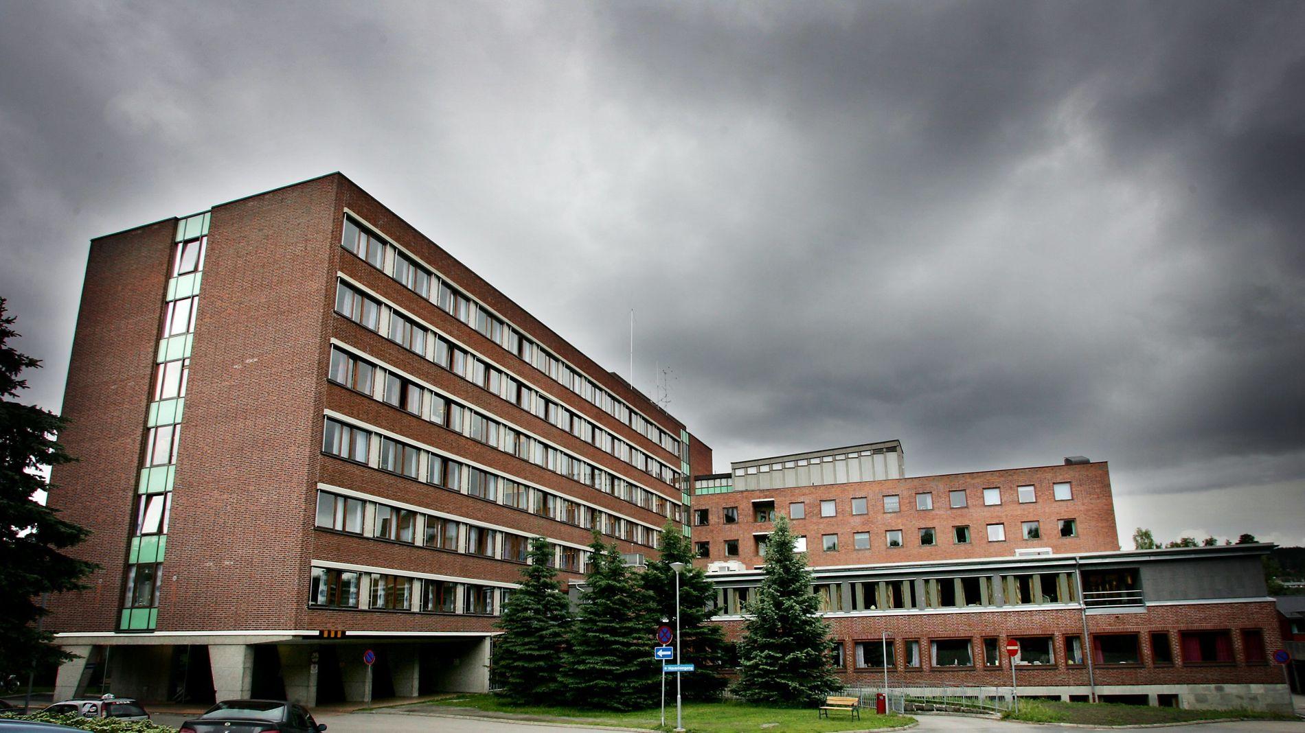 BEKYMRET: Assisterende fylkeslege Sissel Helene Bergaust er bekymret for tilstanden på Kongsvinger sykehus.