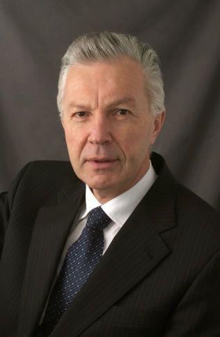 Sverre Lodgaard mener at hvis partene ikke kommer til enighet vil Iran fortsette utbyggingen av atomprogrammet.