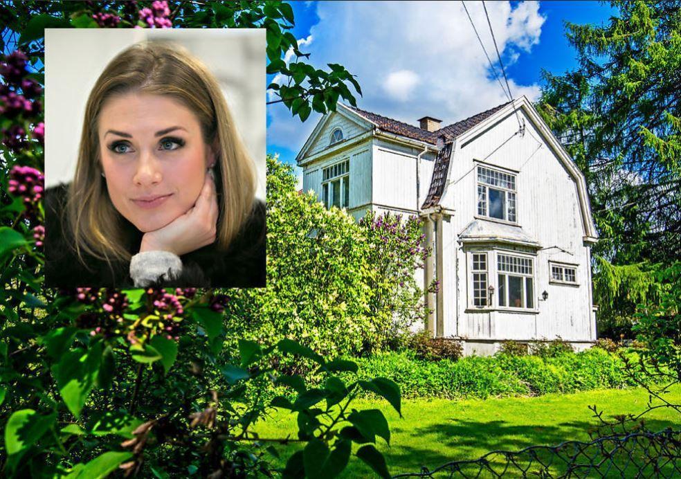 BORTE: Tone Damli og samboeren Markus Foss kjøpte Villa Solum på Blommenholm i Bærum i 2015.