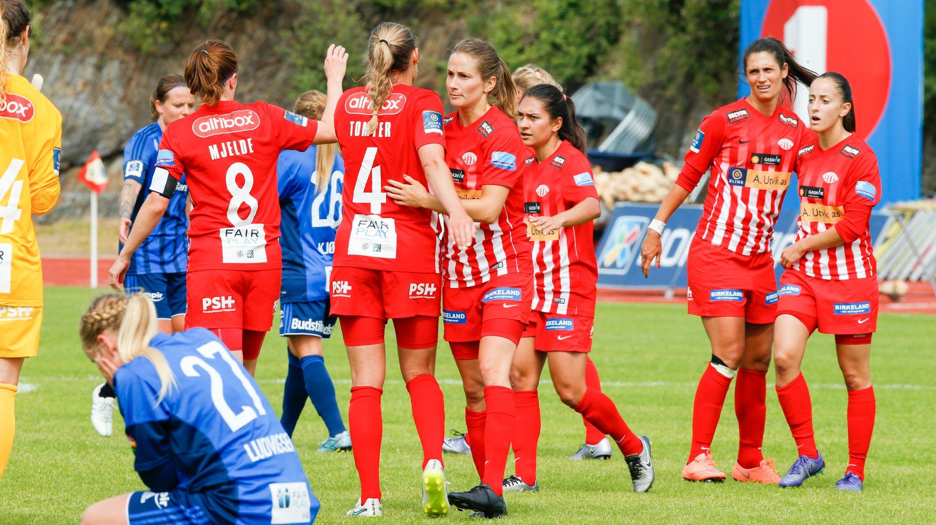 JUBEL: Avaldsnes vant toppkampen i Toppserien mot Stabæk.