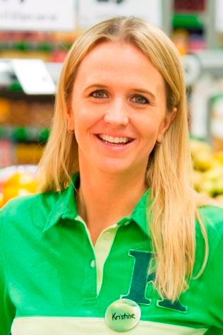 KOMMUNIKASJONSSJEF: Kristine Aakvaag Arvin i Kiwi forteller at de har fått tilbakemeldinger fra kunder med dårlig økonomi som er glad for priskrig. Foto: KIWI
