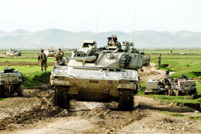 FRA AFGHANISTAN TIL LATVIA: Gjennom flere år har Telemark bataljon brukt CV-90 stormpanservogner på tøffe oppdrag i Afghanistan. Nå skal avdelingen - og panservognene - til Latvia.