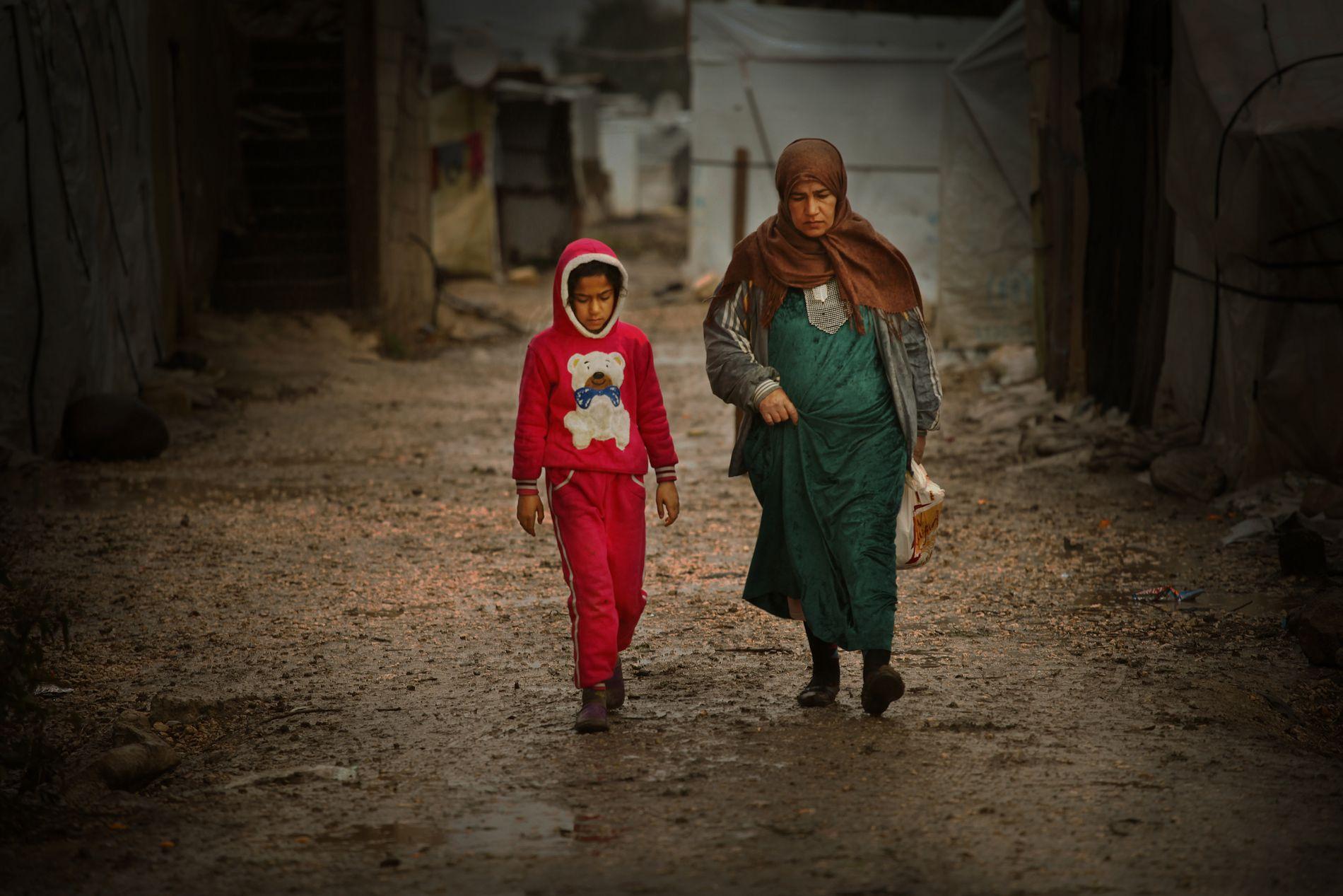 37.000 mennesker ble i snitt drevet på flukt fra sine hjem daglig i fjor. Disse syriske flyktningene har søkt tilflukt nord i Libanon, som har tatt imot flest flyktninger per innbygger.