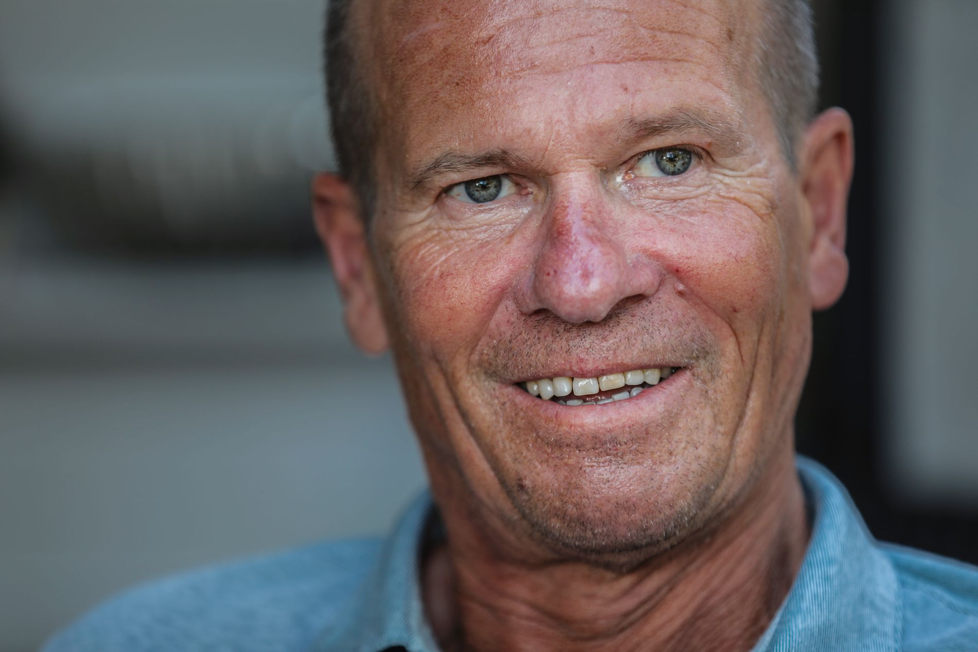 OPTIMISTISK: Johnny Larsåsen merker at medisinen Edaravone har god effekt på ham.