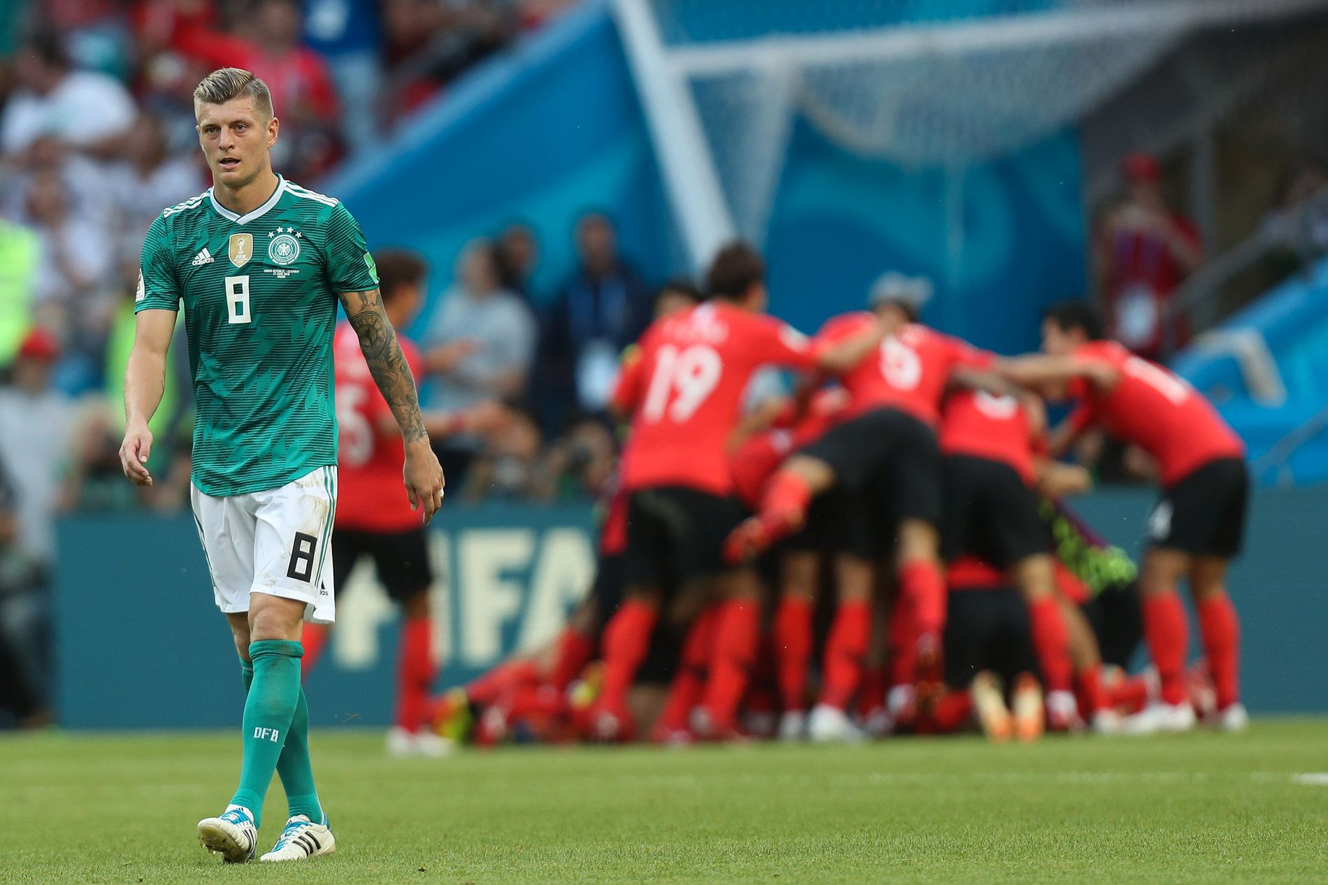 TOPP BLE BUNN: Toni Kroos og Tyskland vant VM i 2014, men reiste hjem som mesterskapets største tapere etter nederlaget for Sør-Korea.