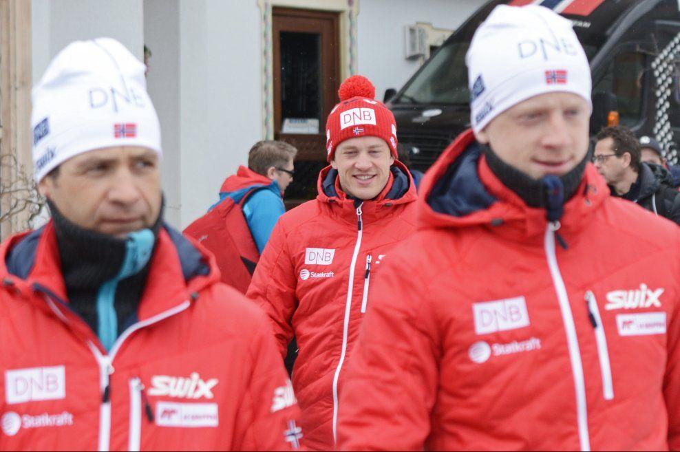 VM-TRIUMF: Tarjei Bø har gjort et meget godt VM - for noen uker siden var det ingen som ante hva slags form han var i. Nå har han både vært nær medalje, gått seg til startplass på fellesstarten og fått en stafettetappe.