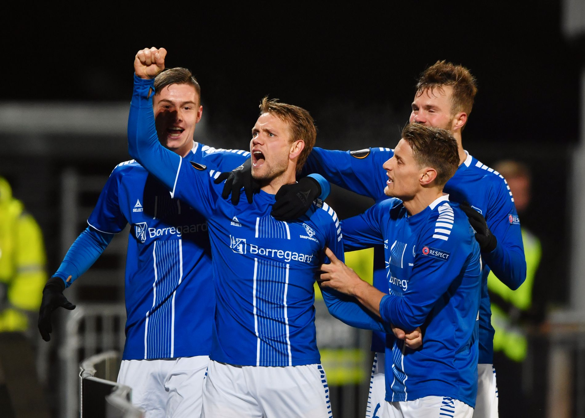 JUBELHØST: Sarpsborg 08 har ikke greid å følge opp fjorårets medalje i Eliteserien, men med gruppespill i Europa League er det noe de færreste sarpinger bryr seg.