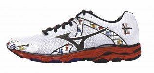 5e784964 Nike Flyknit Lunar 2+Pris: 1500 kronerVekt: 238 gram (herre), 193 gram  (dame)Vurdering: De tettstrikkede forsterkningene i mellomfoten gjør at  foten holdes ...