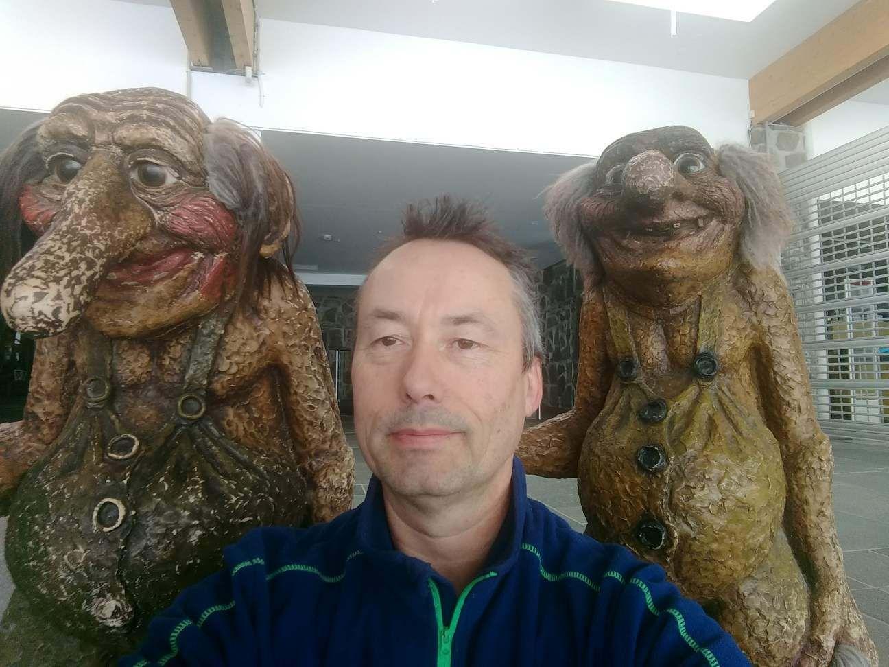 TROLLFIE: – Jeg tok dagene som de kom. Det har vært bra hele tiden, sier 53-åringen. Til VG forteller han at han fant noen troll å snakke med mens han var alene på Nordkapp-platået.