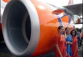 «Overvektige» flyvertinner til sak mot flyforbud