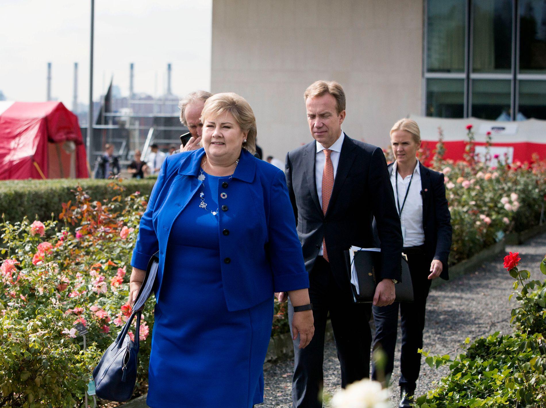 SEIER FOR REGJERINGEN: Da statsminister Erna Solberg i dag kunngjorde at diplomatisk arbeid har ført fram, og at Norge nå normaliserer forholdet til Kina, høstet hun gratulasjoner i Stortinget.