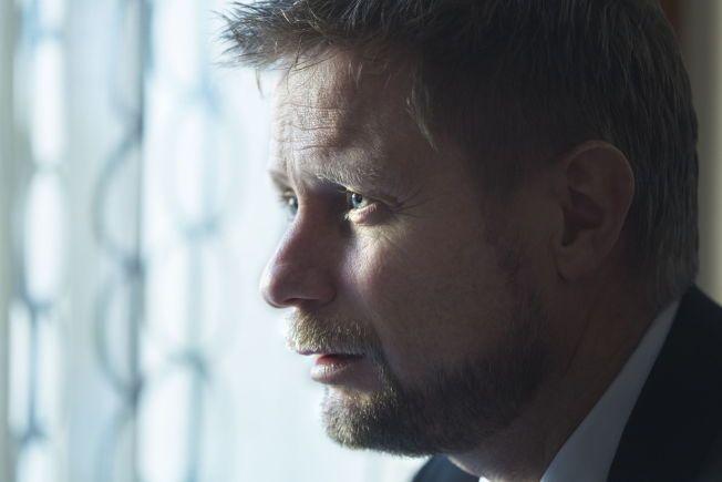 SKAPER ANGST: Helseminister Bent Høie må sørge for at angstpasienter får hjelp.