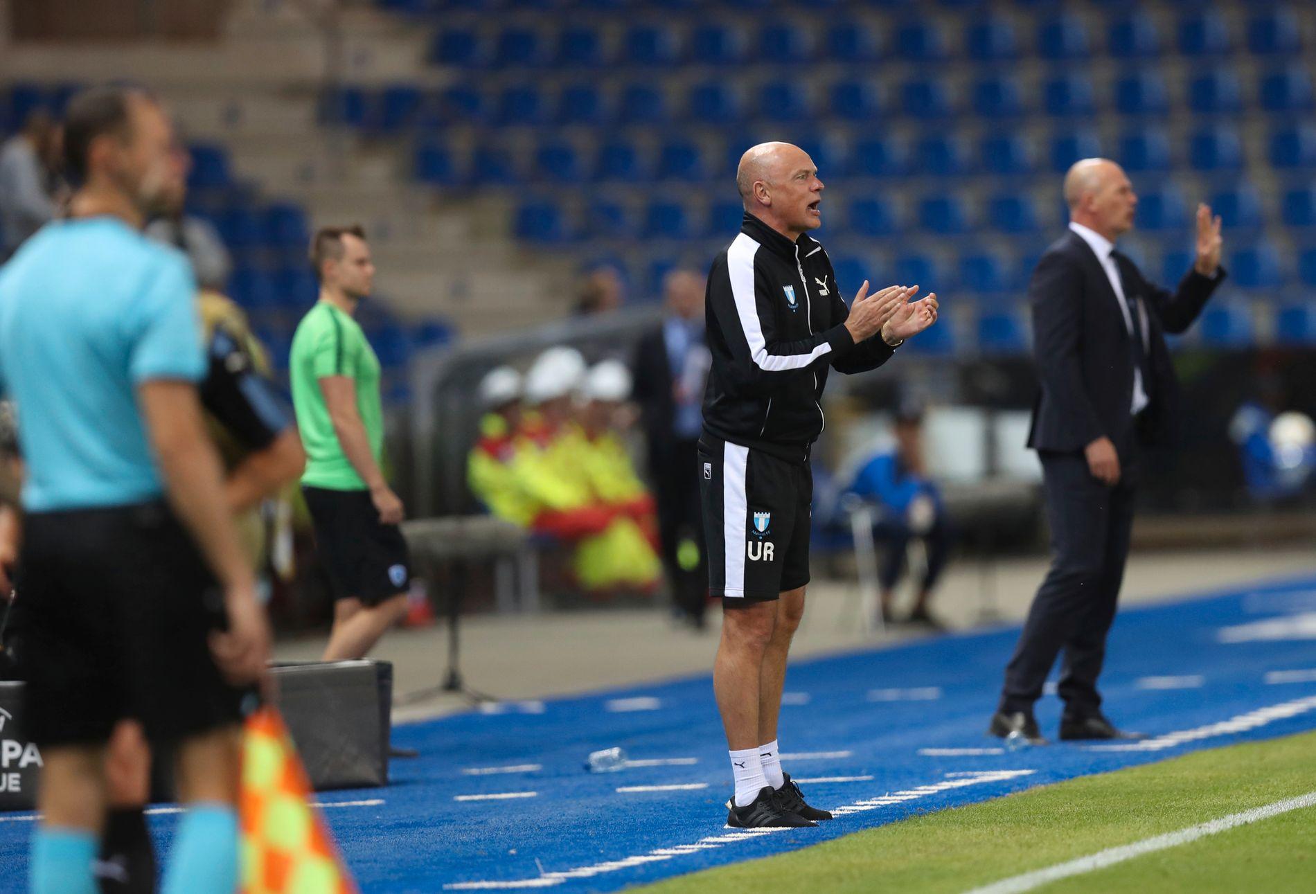 NORGE-RETUR: Trener Uwe Rösler og Malmö er på plass i Østfold før torsdagens Europa League-møtet med Sarpsborg. Her fra kampen mot Genk i september.