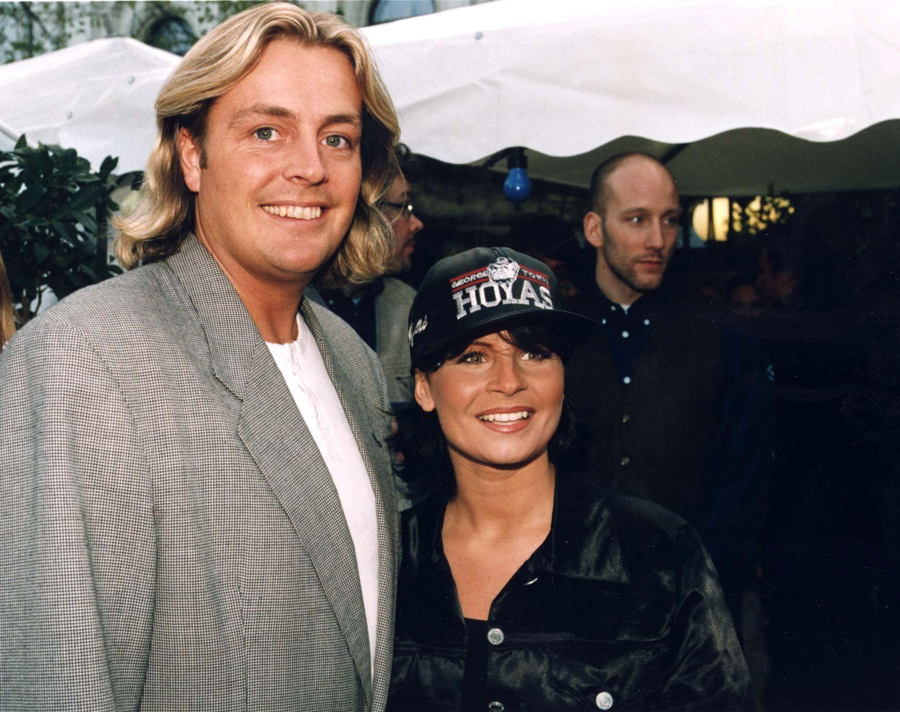 KJENDISPAR: Runar Søgaard var gift med den svenske popstjernen Carola Häggkvist fra 1990 til 2000. Her i 1997.