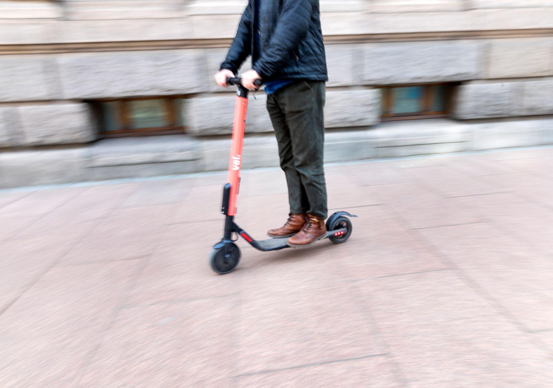 VANLIG SYN: El-sparkesykler har blitt et stadig mer vanlig syn i Oslos bygater denne våren.