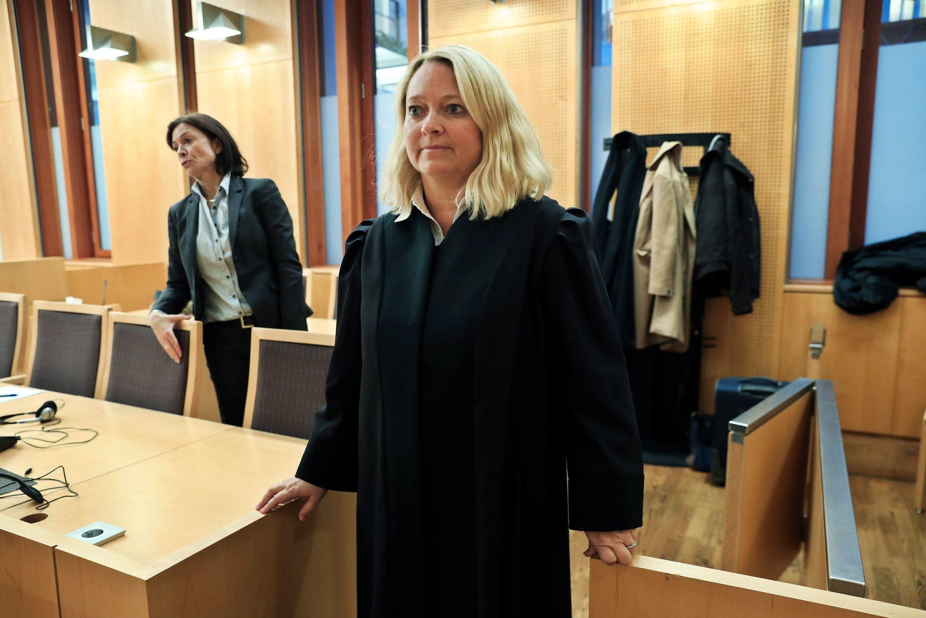 AKTØRENE: Forsvarer Hilde Marie Ims (t.v.) og statsadvokat Guro Hansson Bull begynte på den fem dager lange rettssaken i Oslo tingrett torsdag.