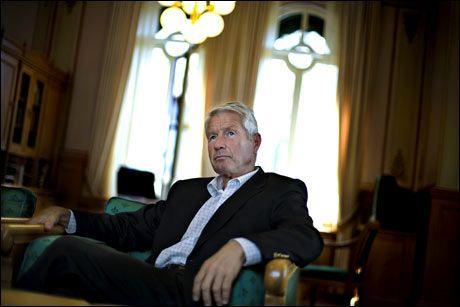 SLIPPER SKATT: Thorbjørn Jagland tjener godt, men slipper å betale skatt. Foto: MARTE VIKE ARNESEN