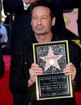 FORNØYD: Duchovny er nummer 2.572 som får stjerne på Walk of Fame.
