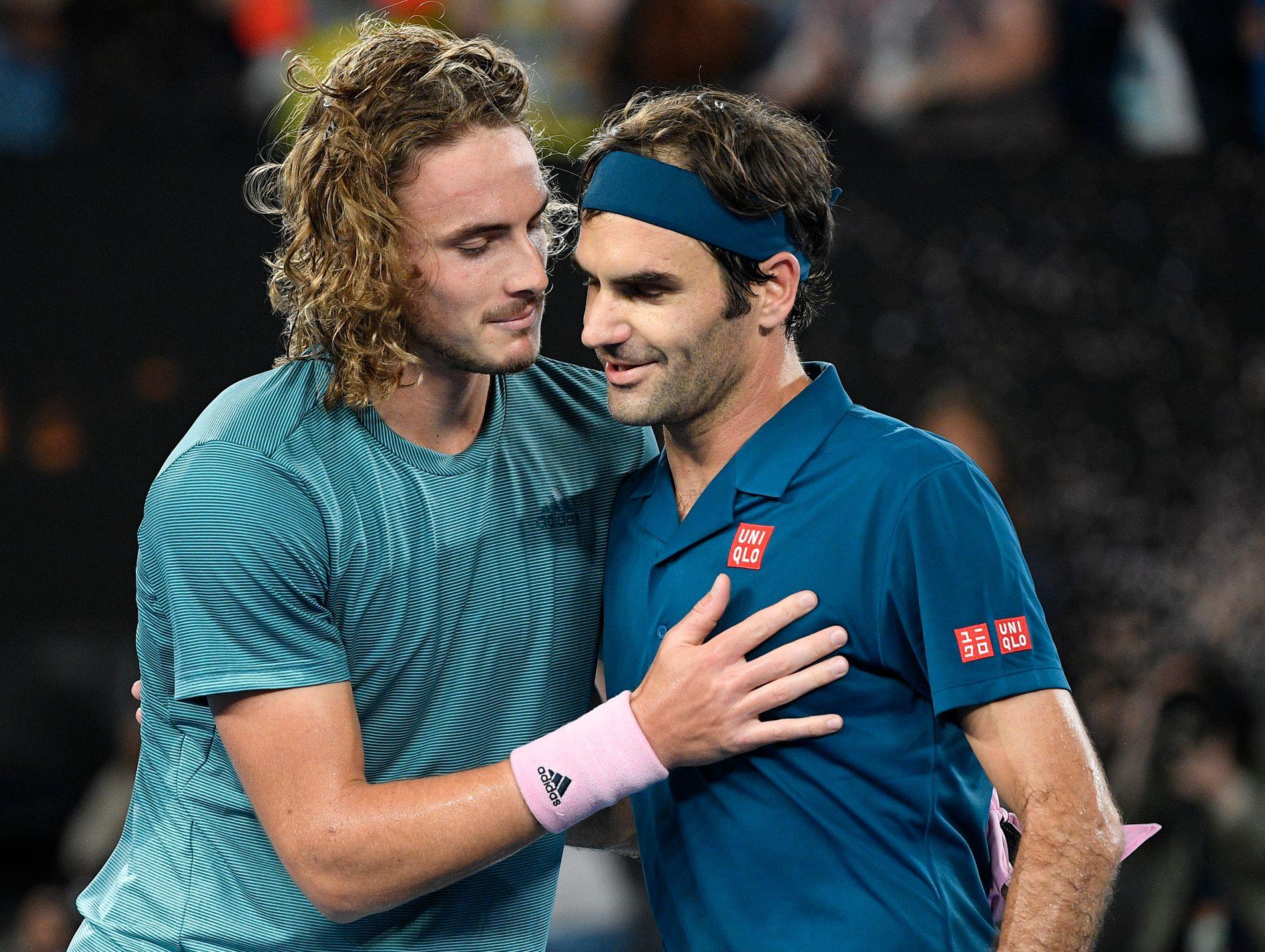SLO IDOLET: Stefanos Tsitsipas har tidligere sagt at han så Youtube-videoer av Roger Federer som barn. Nå har han slått sitt store idol.