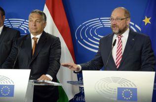 IKKE ENIGE: Ungarns statsminister Viktor Orban til venstre og Europaparlamentetes president Martin Schulz etter møtet i Brussel i går. Photo/THIERRY CHARLIER