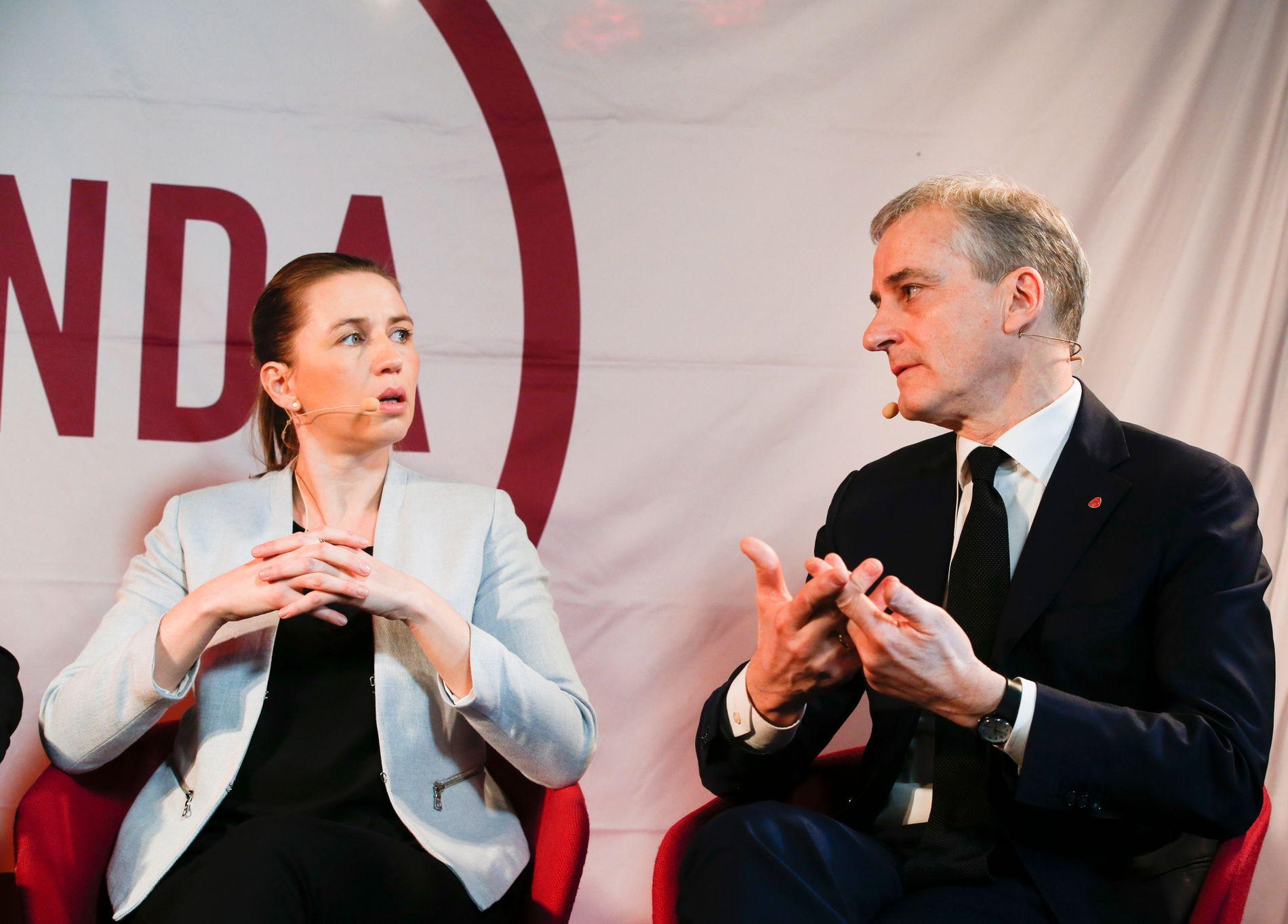 NY LINJE: Socialdemokratiet-leder Mette Fredriksens nye forslag i asylpolitikken har ikke gått ubemerket hen. Også Ap-leder Jonas Gahr Støre støtter en tøff linje. Her er de to undeer møte i Oslo i januar 2017.