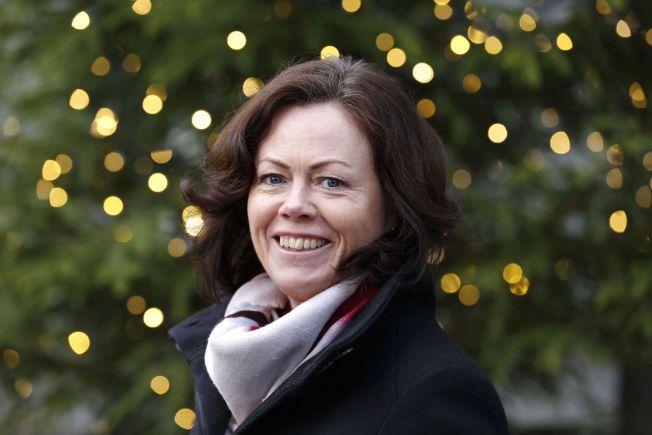 SETTER BARNA FØRST: Barneminister Solveig Hornes mener mange voksne har godt av å sette seg selv litt i bakgrunnen til fordel for barna i julen.
