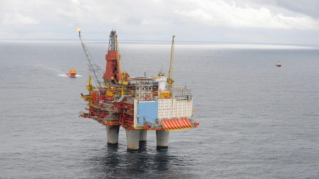 ANDEL KAN BLI SOLGT: Hvis Exxon selger sine siste eiendeler på norsk sokkel får kjøperen med eierandelen på 21,37 prosent i Statfjord. Her er C-plattformen avbildet.