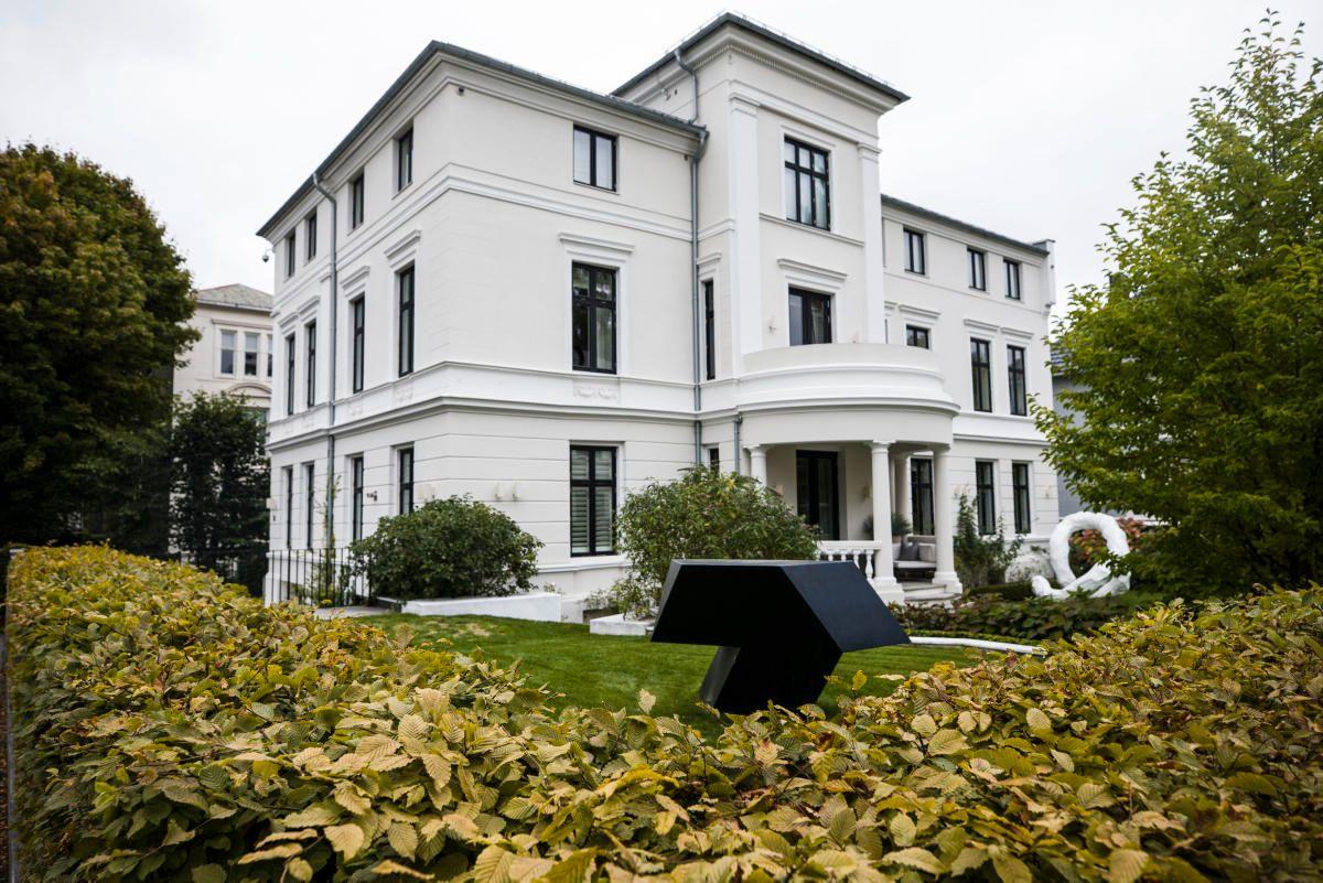 MER ENN ET MALINGSSTRØK: Odd Reitans 1.000 kvadratmeter store patrisiervilla i Eilert Sunds gate i Oslo er kanskje mer kjent for 100 millioners-oppussingen enn kjøpsprisen på 39,5 mill (som like fullt var Oslos dyreste bolig i sin tid).