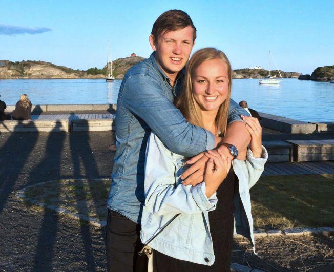 HÅNDBALLPROFF-KJÆRESTER: Aalborg-spiller Sander Sagosen sammen med kjæresten og Issy Paris-spiller Hanna Bredal Oftedal under en ferietur. Til vanlig bor de 134 mil fra hverandre.