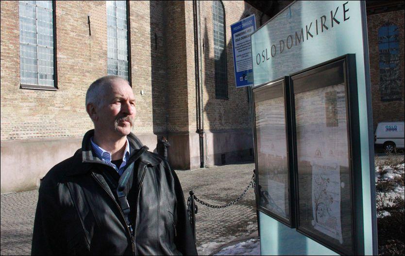 OPPGITT: Terje Forsberg mener Den norske kirke holder på medlemmer mot deres vilje. Da han nylig hørte at flere familiemedlemmer og bekjente var ufrivillige medlemmer av kirken, følte han at omfanget av det han selv har opplevd er stort. Foto: BJØRN-MARTIN NORDBY