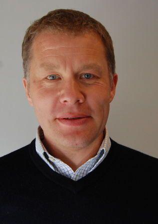 SYND PÅ BARNA: Lege og leder i Norsk forening for allmennmedisin, mener slike tester kan gå hardt utover barn.